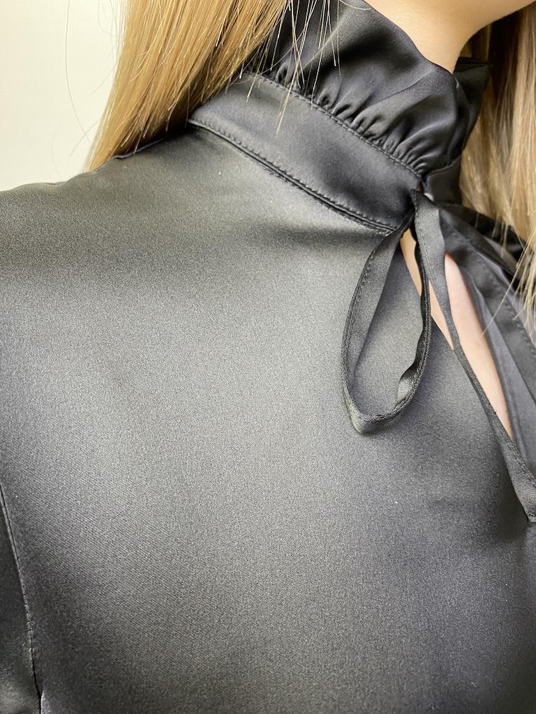 Платье чёрное, свободного кроя